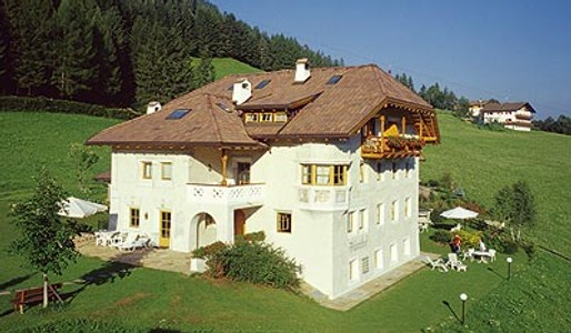 Palmerhof holiday flats in Ortisei in Val Gardena